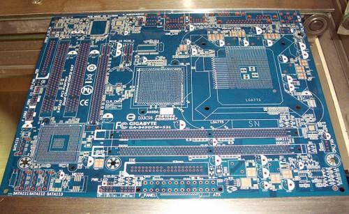 PCB, antes da colocação dos componentes