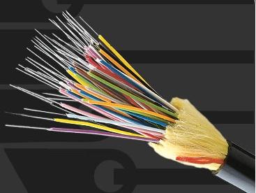 b1f3531505def Como os fios de fibra são muito finos, é possível incluir um grande volume  deles em um cabo de tamanho modesto, o que é uma grande vantagem sobre os  fios de ...
